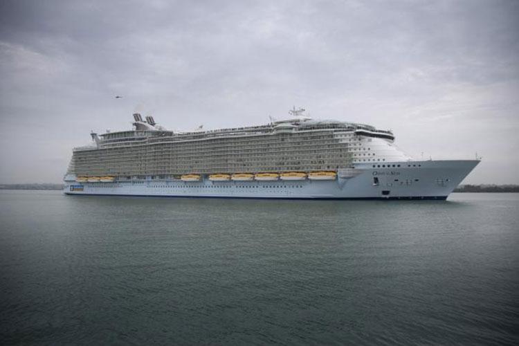 Yolcu gemisinde 150'den fazla yolcu hastalandı