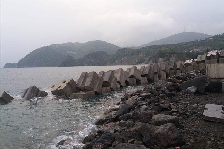 Denizkonak Balıkçı Barınağı tamamlanmak üzere