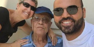 Mustafa Karabüber ile oğlu Cengiz Karabüber ve gelini Pınar Karabüber